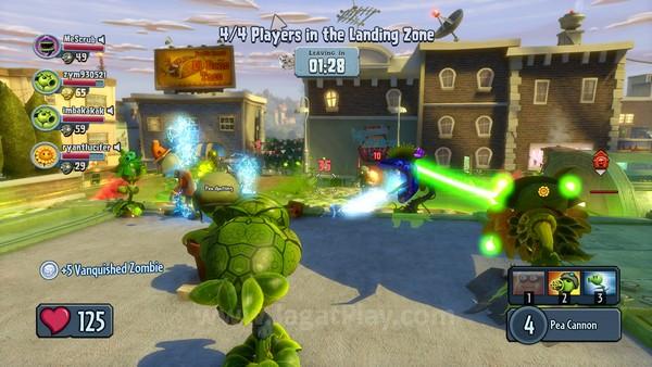 Mode kooperatif juga disertakan, meminta Anda dan tiga player lainnya untuk saling bahu-membahu mempertahankan diri dari musuh yang datang secara bergelombang.