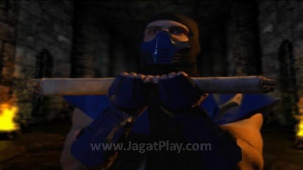 Mengambil setting sebelum event Mortal Kombat pertama, Sub-Zero masih bekerja di bawah kekuasaan Lin Kuei.
