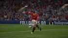 Nampak rumput-rumput yang terangkat akibat tendangan Rooney. Ini merupakan salah satu bukti EA memperhatikan hingga hal-hal kecil