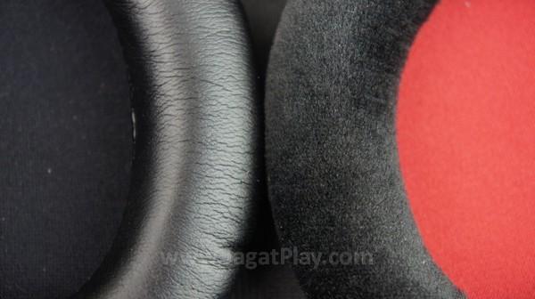 Lebih adaptif, ada dua varian pads yang bisa Anda gonta-ganti dengan mudah: kulit dan busa.