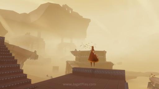 Journey secara sederhana, bisa disimpulkan sebagai sebuah game platformer yang sebenarnya, sederhana.