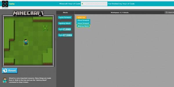 Mengusung tema Minecraft, Hour of Code didesain untuk menarik anak pada bahasa pemograman.