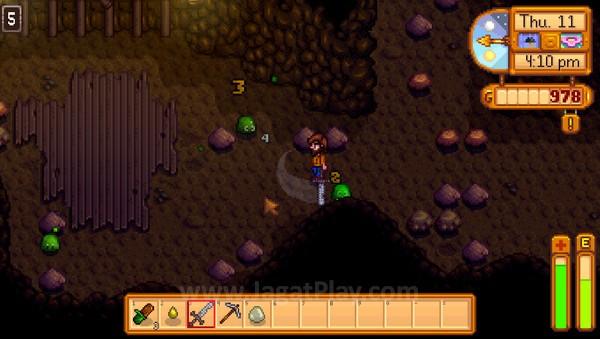 Bertarung melawan monster ala Action RPG juga dapat ditemukan di dalam game ini