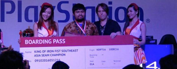 """Pemain Indonesia - Adrian """"Daging"""" aka Meat berhasil menjadi yang terbaik di Tekken 7 untuk event South East Asia Major racikan Sony. Ia kini berhak atas tiket untuk bertanding di turnamen global Desember 2016 nanti."""