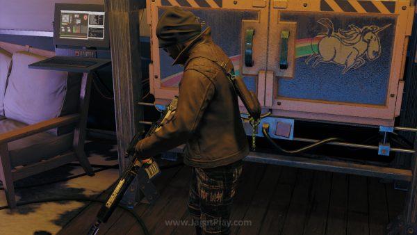 Ubisoft mengakui penjualan minggu pertama WD2 memang jauh lebih rendah dibandingkan seri pertama. Namun ia yakin angka tersebut akan naik di minggu kedua dan ketiga setelah lebih banyak review positif muncul.