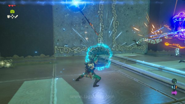 """Ekstra ketegangan muncul dari fakta bahwa setiap senjata yang Anda gunakan (selain Master Sword) bisa hancur permanen, bahkan untuk ragam """"hadiah"""" dari quest utama dan dungeon rahasia sekalipun."""