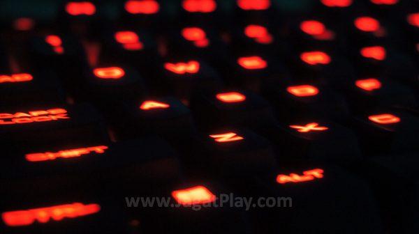 Di kisaran harga 1,1 juta Rupiah, K63 tampil menggoda sebagai keyboard mekanikal yang ringkas dan kaya fungsi.
