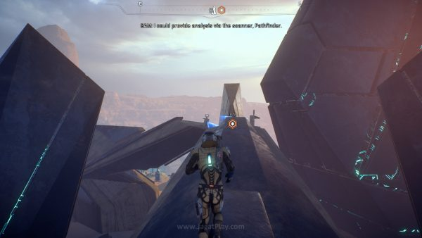 """Untuk membuat dunia bisa dihuni, Anda harus mengaktifkan setidaknya tiga buah tower Remnant yang ada di setiap planet. Mengingatkan Anda pada sistem """"tower"""" di game-game Ubisoft walaupun dengan fungsi berbeda."""