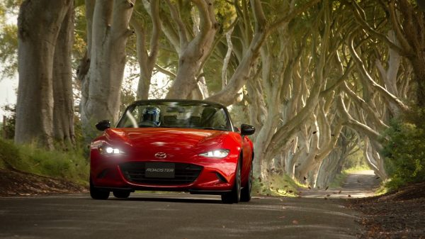 Gran Turismo Sport akan dirilis pada 17 Oktober 2017 mendatang, eksklusif untuk Playstation 4.