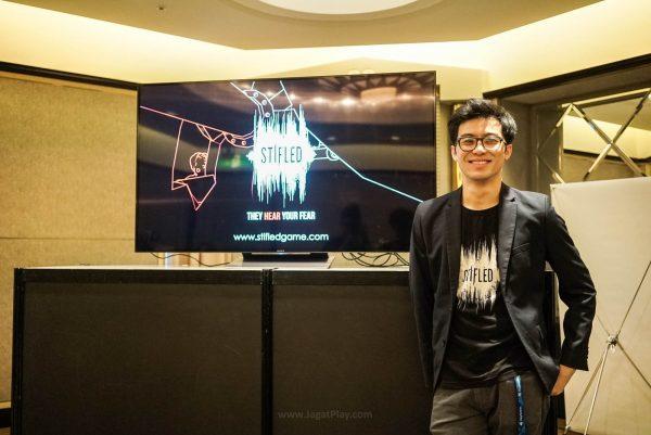 Justin Ng dari Gattai Games mempresentasikan game VR unik mereka - Stifled.
