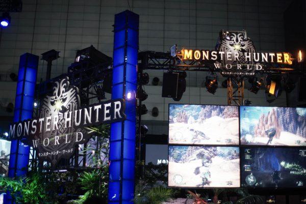 """Monster Hunter World juga jadi """"fokus"""" booth Playstation untuk TGS tahun ini."""