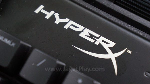 Untuk Anda yang familiar dengan desain keyboard HyperX lain, tidak ada yang istimewa di sini.