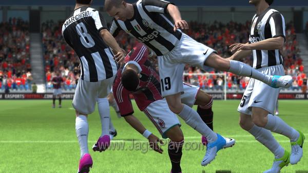 FIFA 13 Demo 42