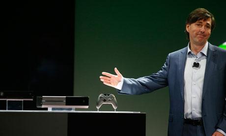 Mengikuti keinginan gamer, Microsoft akhirnya merevisi beberapa kebijakan tidak populer Xbox One. Mengusung mekanisme yang sama dengan Xbox 360, Anda tidak perlu lagi terkoneksi internet untuk memainkan konsol next-gen ini. Kebijakan game bekas dan region juga direvisi.