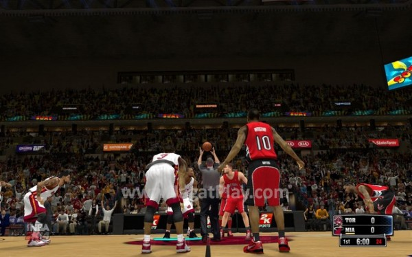 Seperti tahun lalu di NBA 2K13, mari kita awali review ini dengan tip off.