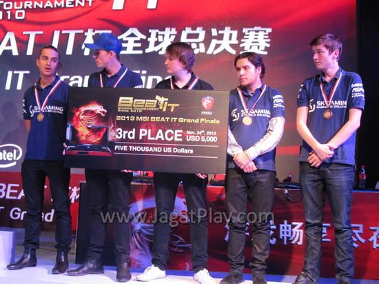 Juara 3: SK Gaming