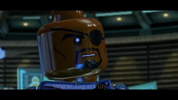 Dengan ancaman besar di depan mata, Nick Fury mulai meminta bantuan semua superhero Marvel untuk mengatasi ancaman ini.