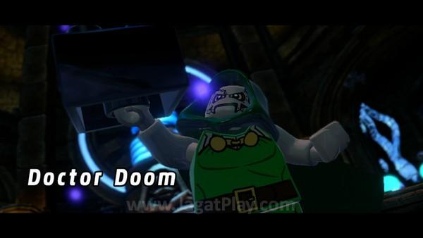 Setelah menyerang SIlver Surfer dan berhasil mendapatkan kepingan Cosmic Bricks, Dr. Doom berambisi menciptakan senjata mematikan.