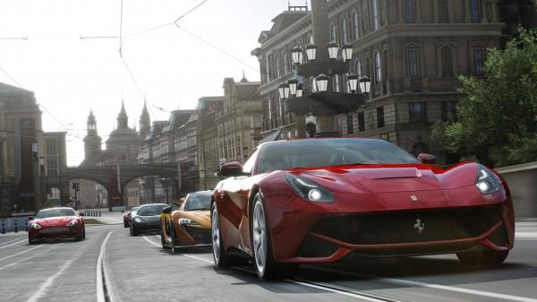 Phil Harrison, menjelaskan bahwa game-game yang rilis saat ini seperti Forza Motorsport 5, Ryse: Son of Rome, dan Dead Rising 3, belum membuktikan apa yang Xbox One mampu lakukan.