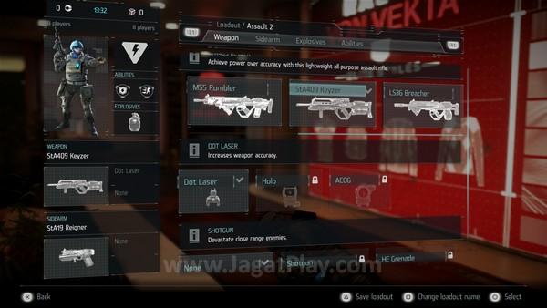 Anda dapat memilih satu dari tiga kelas yang ditawarkan, masing-masing tentu dengan senjata, fungsi, dan perk yang berbeda-beda.