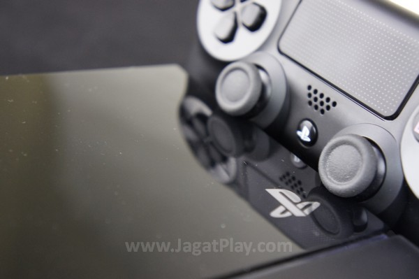 Haruskah Anda membeli Playstation 4 sekarang?