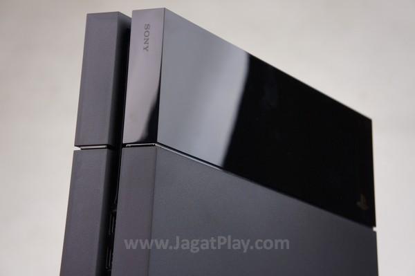 Dengan spesifikasi hardware yang ia tawarkan, Playstation 4 saat ini diklaim merupakan platform dengan raw power terkuat di antara konsol next-gen.