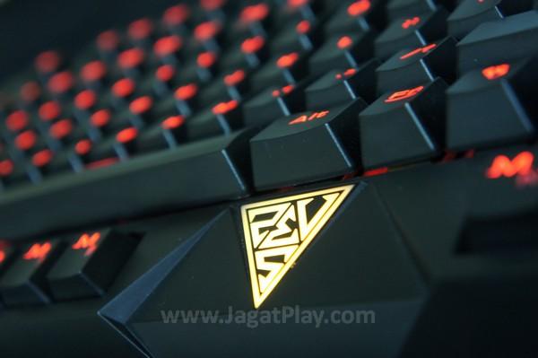 Keyboard mekanikal Gamdias Hermes.