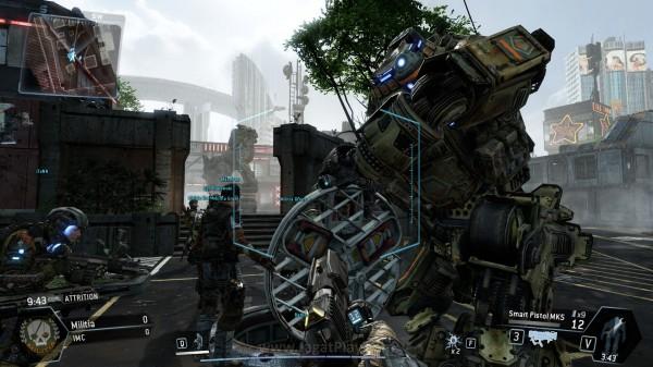 Plot dan jalan cerita yang ada lebih disampaikan lewat narasi beberapa karakter NPC, sekaligus cut-scene pendek.