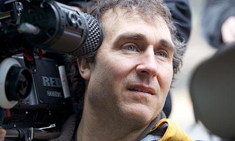 Doug Liman - sutradara dari Bourne Identity kabarnya akan menggawangi proyek adaptasi Splinter Cell ke layar lebar.