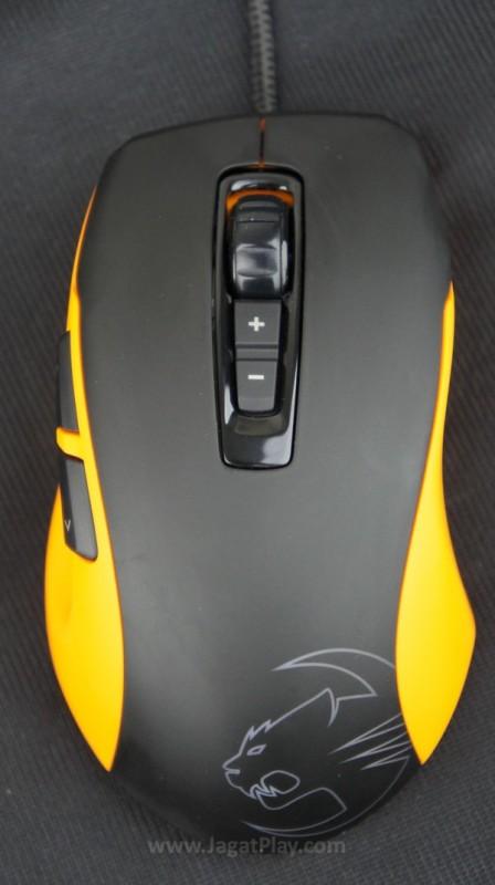 Mengacu pada bentuk yang lebih konvensional, desain mouse ini memang lebih mengutamakan kenyamanan.