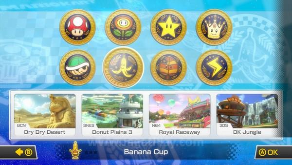 Variasi track dan cup yang bisa Anda tundukkan. Cup yang berhasil Anda selesaikan akan membuka lebih banyak varian karakter dan part kendaraan.