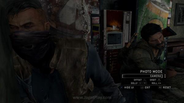 Fitur sama yang sempat diterapkan di Infamous: Second Son - Photo Mode juga disuntikkan di The Last of Us Remastered ini.