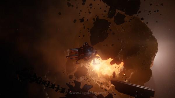 Cloud Imperium Games mengkonfirmasikan bahwa ukuran Star Citizen bisa mencapai di atas 100 GB nantinya.