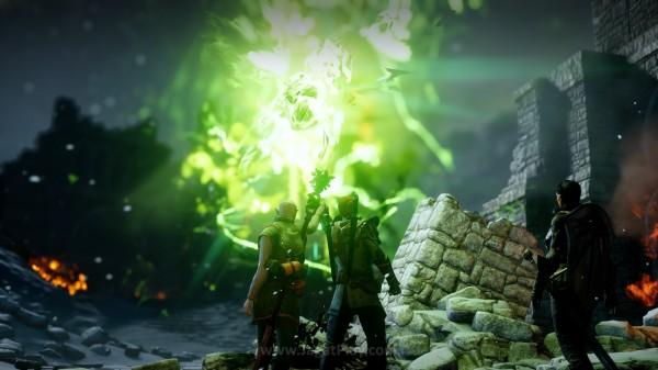 Tidak ada yang tahu siapa sebenarnya Evelyn. Namun kekuatan hijau yang kini mengalir di tangannya - Anchor ternyata punya kemampuan untuk mengendalikan portal dunia Iblis dan Thedas. Ia menjadi ujung harapan Thedas untuk bangkit kembali.
