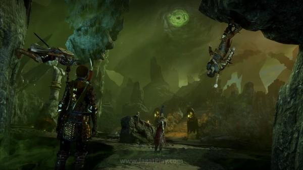 Lantas, apa yang sebenarnya menjadi motif Corypheus? Darimana kekuatan Anchor dari Evelyn ini berasal? Mampukah Inquisition menjalankan tugas beratnya? Semua pertanyaan ini bisa Anda jawab dengan memainkan game yang satu ini.