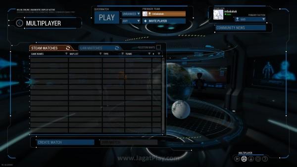 Anda bisa memainkan game ini secara multiplayer, baik online via Steam ataupun LAN.