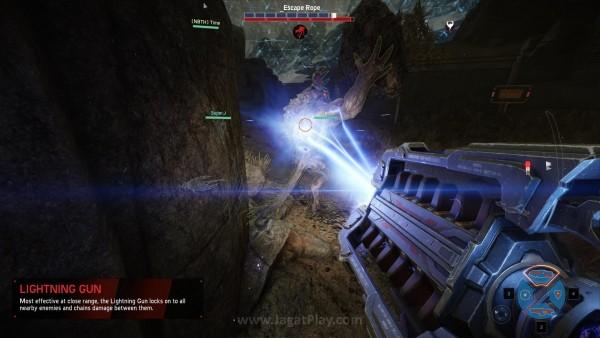 Jika ia tidak menawarkan banyak perubahan di sisi gameplay, lantas apa yang membuat versi retail ini tampil menggoda?