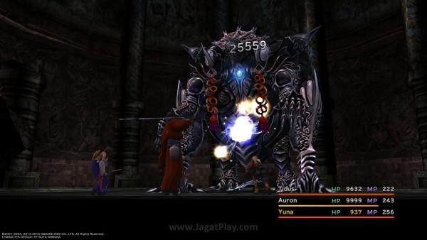 Menundukkan Omega Weapon di versi International? Atau sekedar menangkap FMV yang sempat membuat Anda jatuh hati? Kini Anda bisa melakukannya di versi PS4 ini.