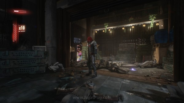Red Hood? Harley? Pengalaman dan desain gameplay-nya sama. Hanya lingkungan, moveset, dan musuh saja yang berbeda. Dua-duanya bisa diselesaikan hanya dalam 20 menit saja.