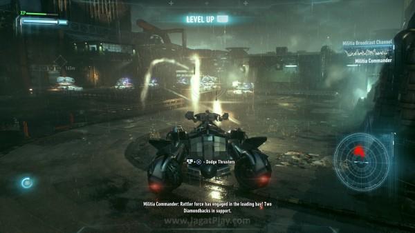 Dengan menahan tombol tertentu, Batmobile bisa masuk dalam mode Tank dan siap bertempur.