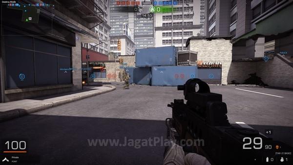 Lingkungan permainan memiliki tampilan yang enak untuk dilihat