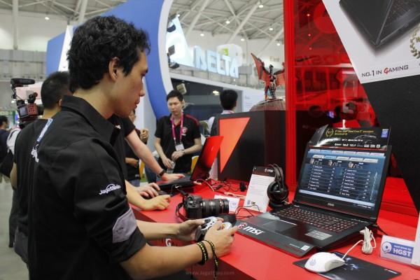 Richard Sutanto - member dari JagatOC.com berkesempatan menjajal versi demo ini secara langsung, dan melaporkan impresinya kepada kami.