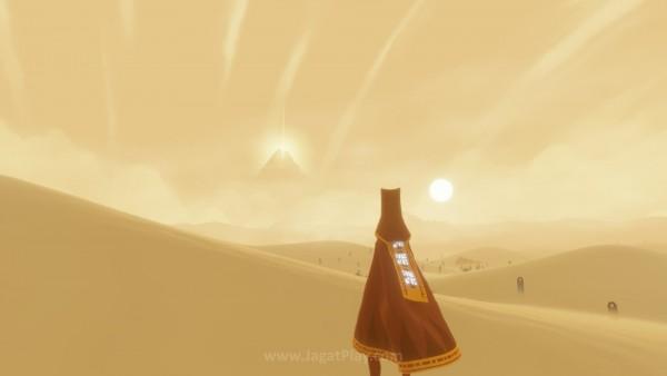 Tanpa narasi eksplisit, bahkan kata-kata sekalipun, cerita di dalam Journey digambarkan via setting dan cut-scene yang ada. Jelas, bahwa gunung dengan pilar cahaya ini adalah tujuan utama ziarah Anda.
