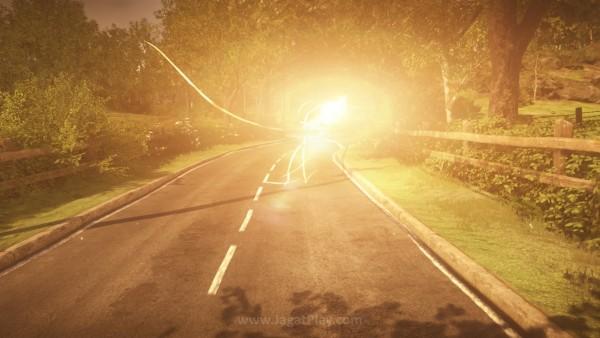Secara tiba-tiba, sebuah bola cahaya yang entah apa dan darimana menemani dan menuntut Anda.