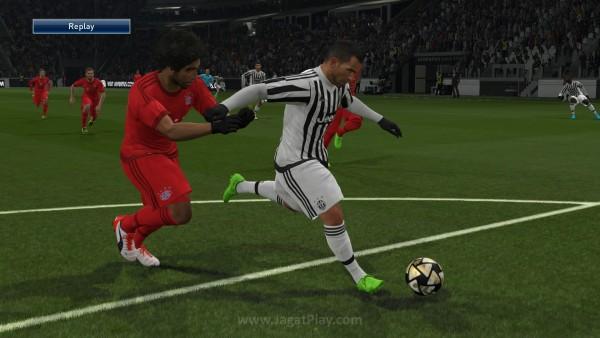 Pro Evolution Soccer 2016 DEMO_20150819230449
