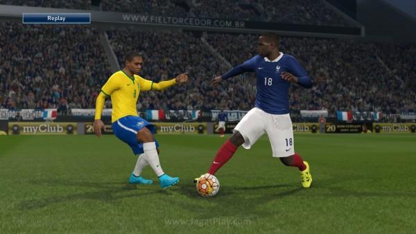 Pro Evolution Soccer 2016 DEMO_20150821165630