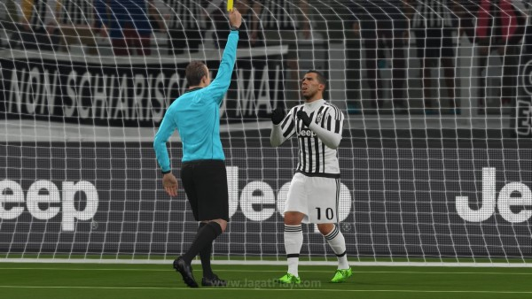 Pro Evolution Soccer 2016 DEMO_20150819225551