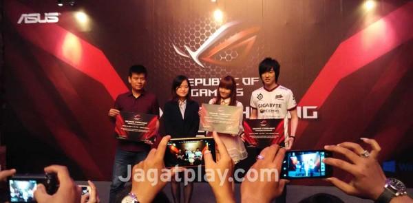 ASUS memperkuat komitmen mereka pada scene e-Sports Indonesia dengan menunjuk tiga
