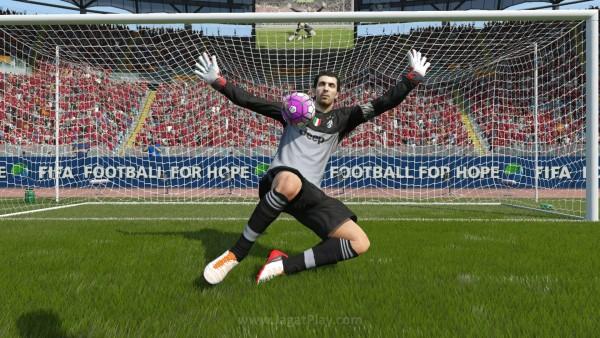 FIFA 16 masih terus memimpin jadi game terlaris di Inggris, mengalahkan rilis terbaru seperti Uncharted Remastered dan Rock Band 4.