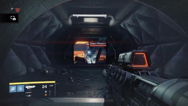 Taken adalah versi lebih kuat dari unit musuh yang biasanya Anda temui sebelum ekspansion ini